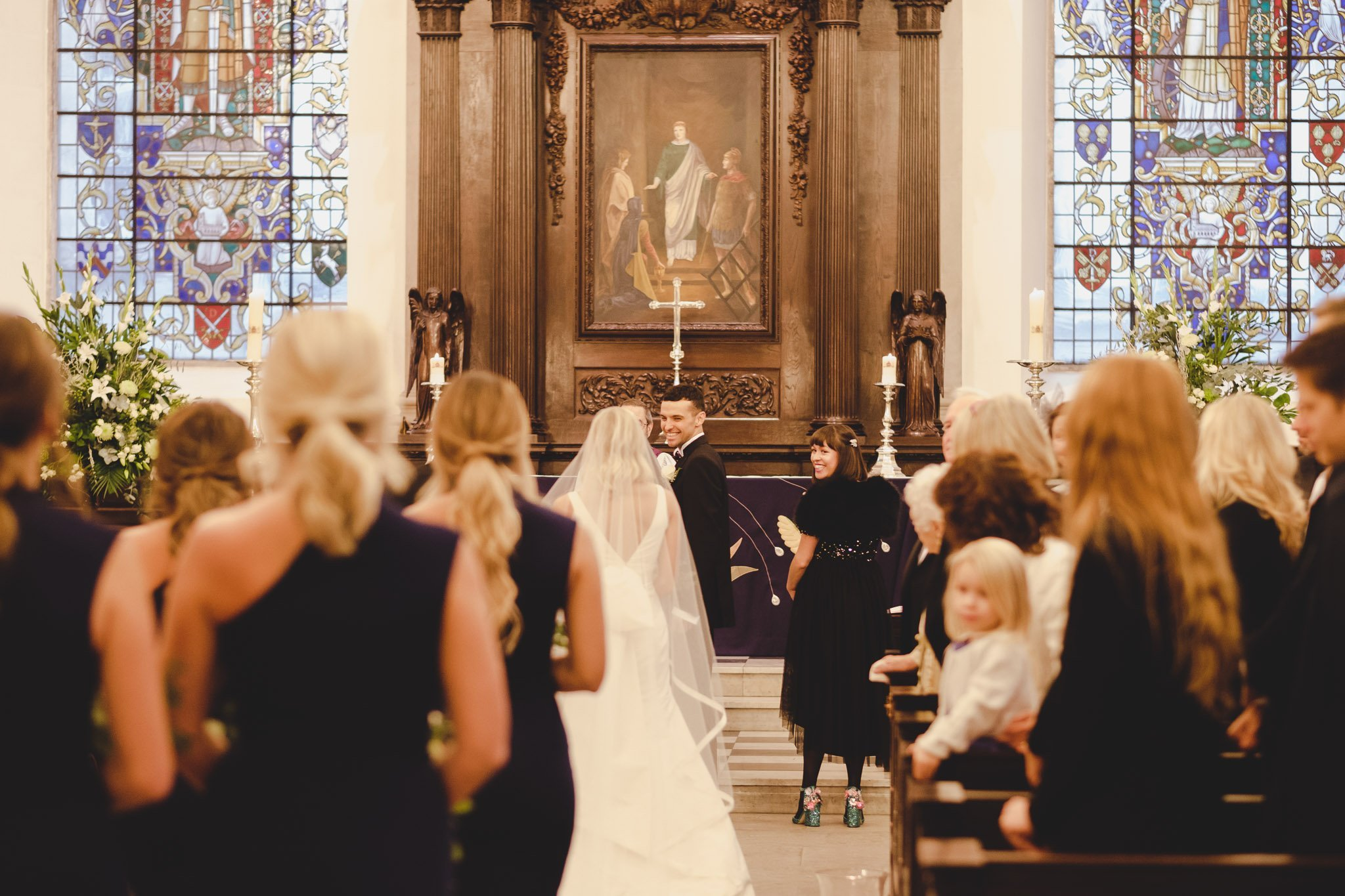 Bride & Groom first look at St Lawrence Jewry wedding Guildhall