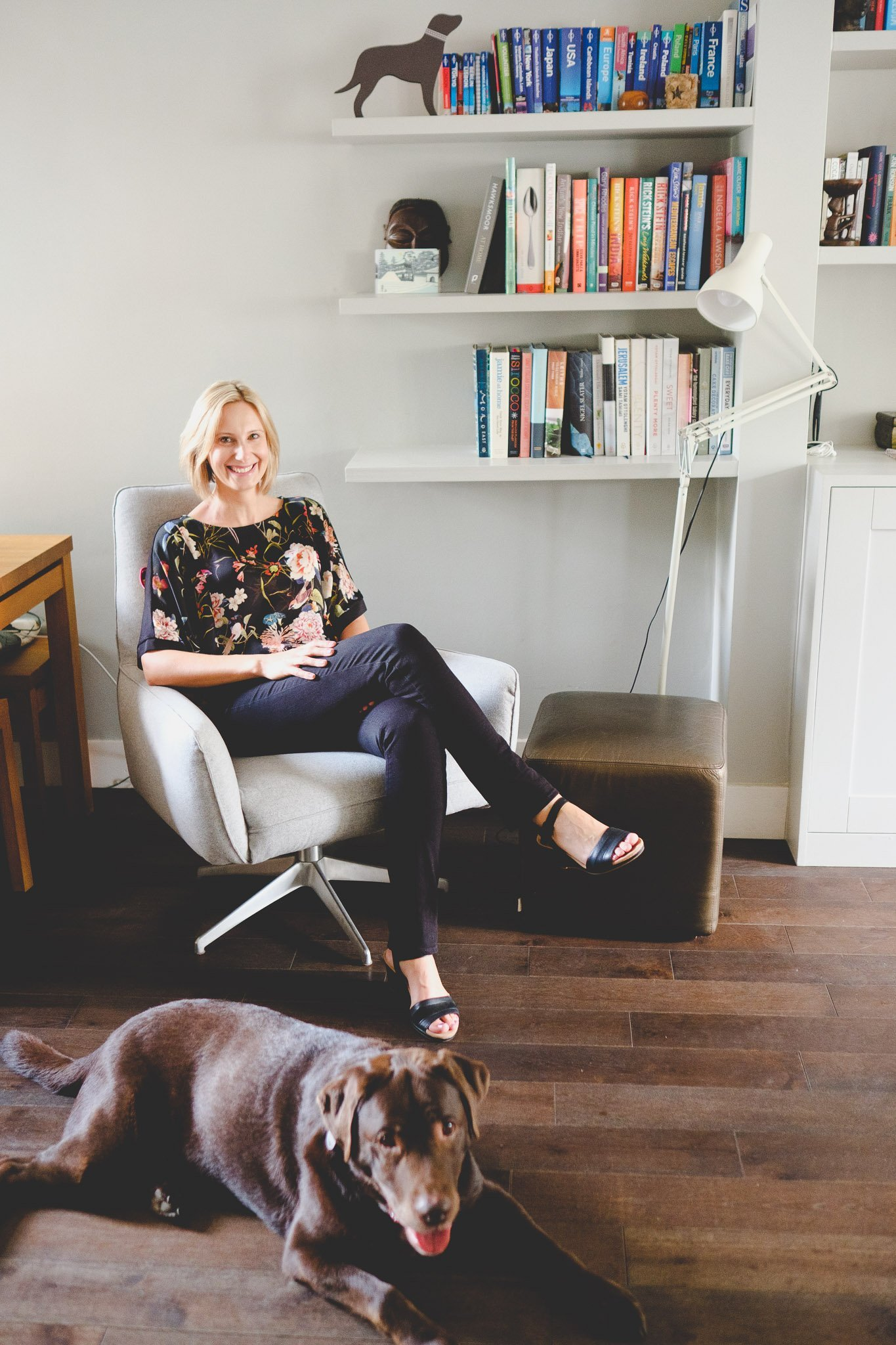 Mandy Murdoch health & well being coach at home with dog
